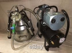 NuPulse Single Cow Portable Milk Machine with 55lb. SS Bucket-Black Balance Tank