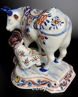 Vache Hollandaise Antique De Delft Avec La Marque Polychrome De Figurine De Milker 1700-1722